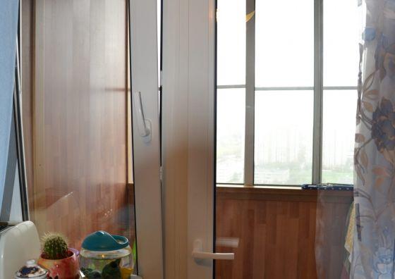 Установка балконного блока, остекление и отделка лоджии