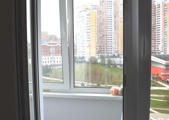 Замена балконного блока, отделка и остекление балкона