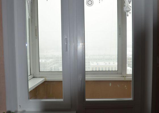 Установка окна в гостиной