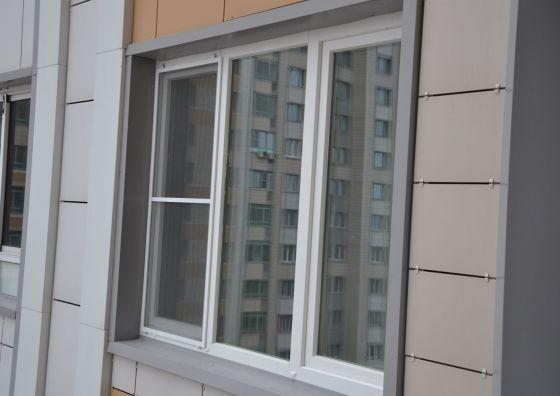Замена окна в офисе