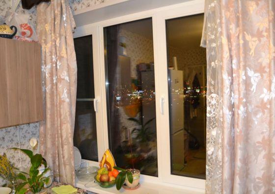 Замена трехстворчатого окна на кухне
