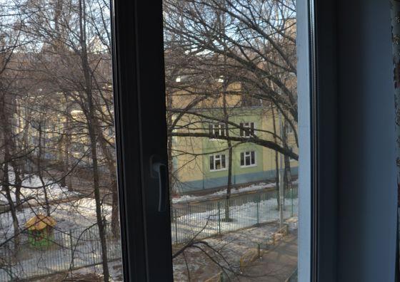 Установка двустворчатого пластикового окна