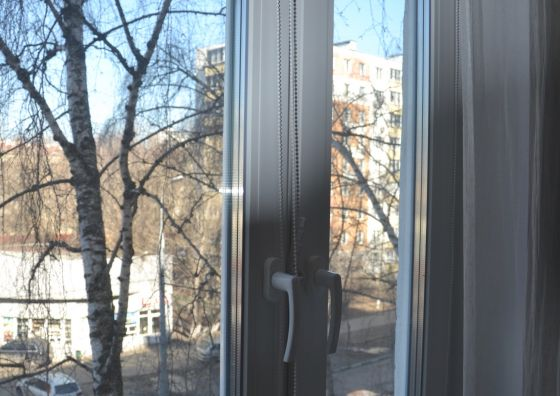 Замена окна и монтаж жалюзи