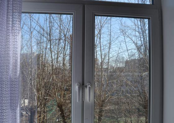 Монтаж кухонного окна